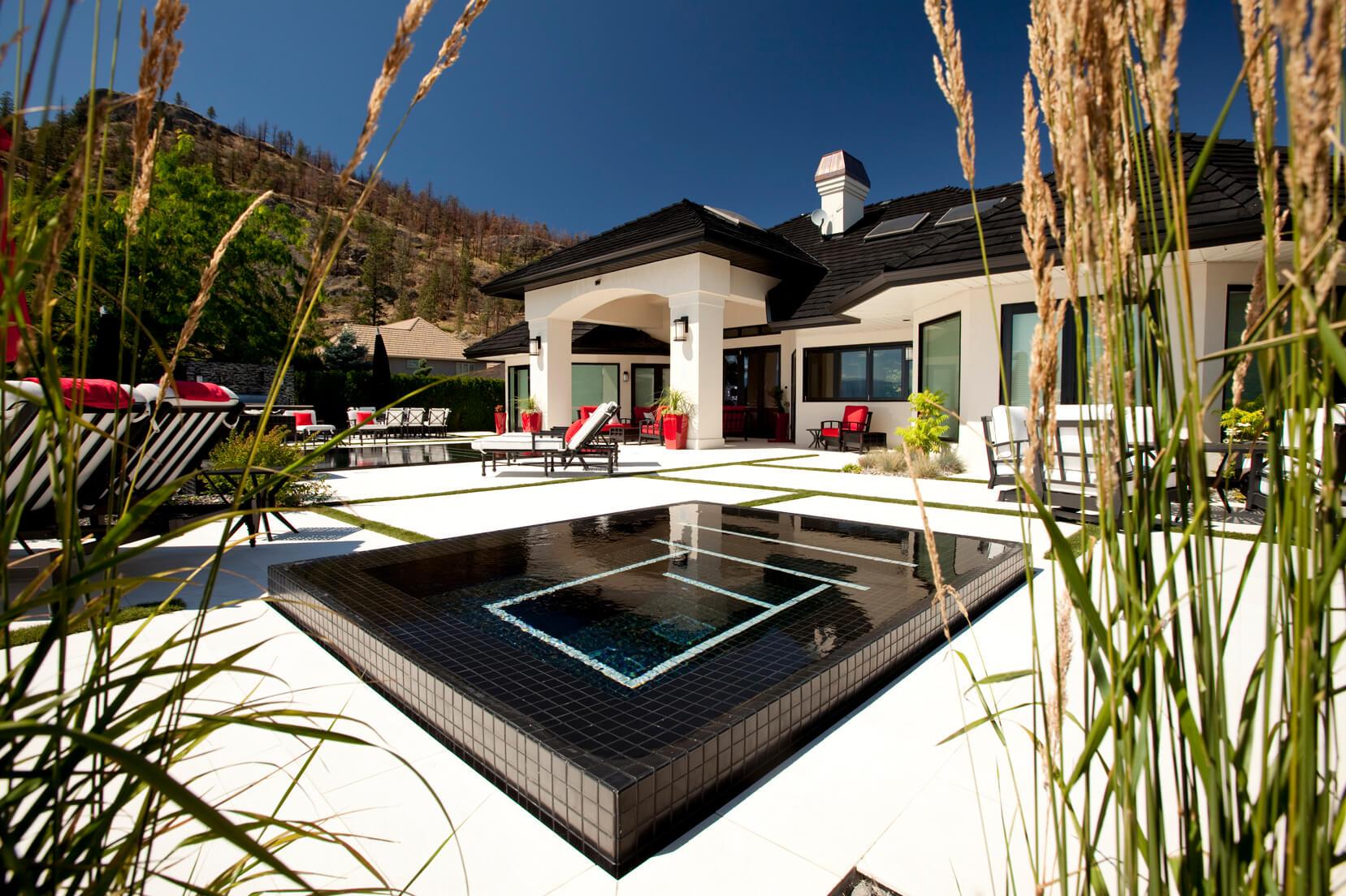 custom concrete pool
