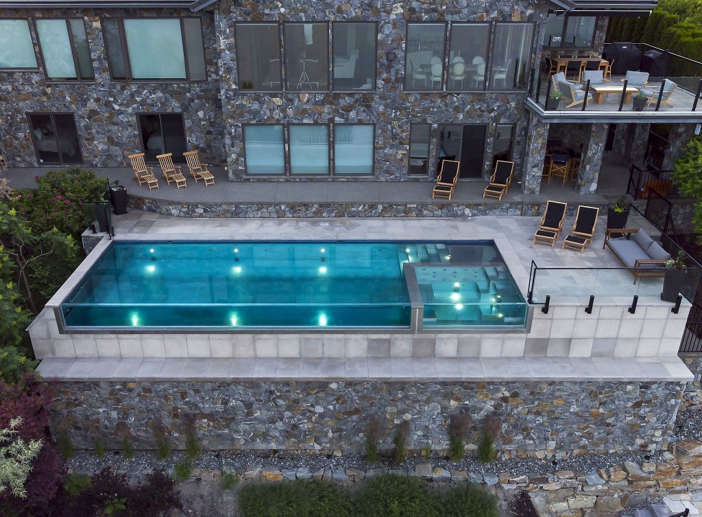 Pure Stainless Swimming Pool in the Okanagan